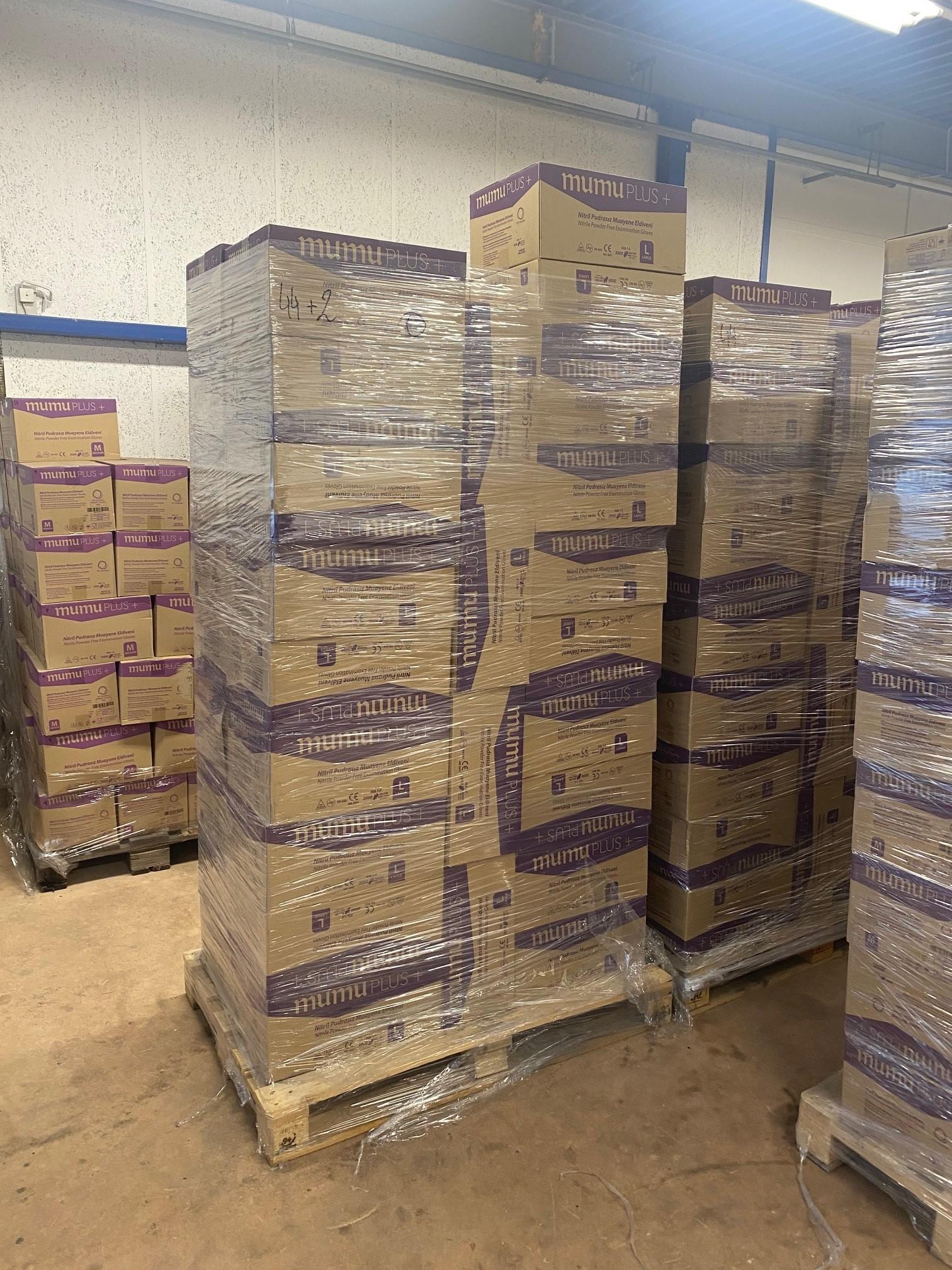 mumu PLUS + Nitrilhandschuhe (Nur Grosshandel ab 5000 Boxen)